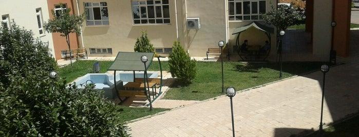 İktisadi ve İdari Bilimler Fakültesi is one of Lugares favoritos de Mustafa.