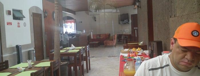 Hotel Casa Continental is one of Posti che sono piaciuti a Lulu.