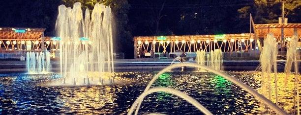 Фонтан в парке Сокольники is one of Lugares favoritos de Alexander.
