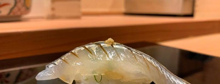 Sushi Shin is one of Orte, die Abhinav gefallen.