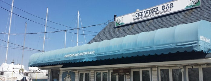 Chowder Bar is one of Locais salvos de Chad.