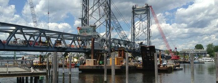 Memorial Bridge is one of Lieux qui ont plu à Sydney.