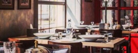 Royal Oak Pub is one of Lieux qui ont plu à Евгений.
