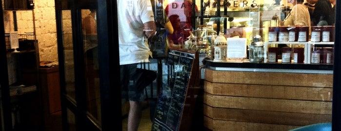 Smitten Coffee & Tea Bar is one of Breaking fast.