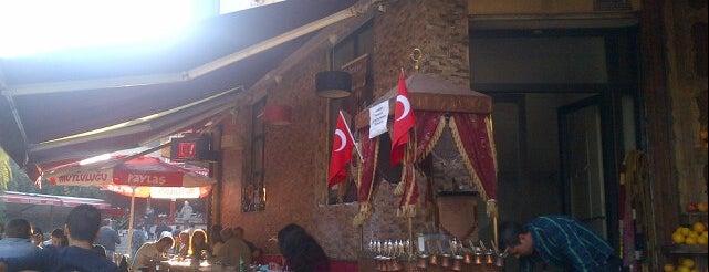 Palmiye Sokak Cafe is one of Tempat yang Disukai tt..