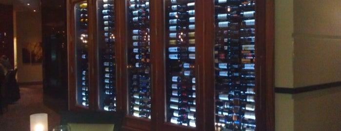 Ruth's Chris Steakhouse is one of Gespeicherte Orte von G.