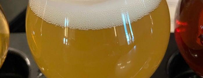 Altstadt Brewing is one of Lieux qui ont plu à Rita.