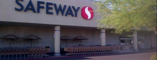 Safeway is one of Locais salvos de Rob.