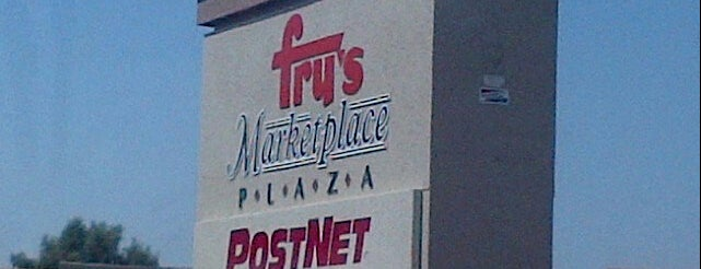 Fry's Marketplace is one of Tempat yang Disukai Tasia.