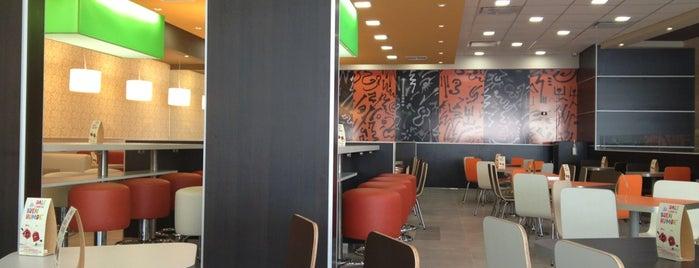 McDonald's is one of Orte, die Pato gefallen.