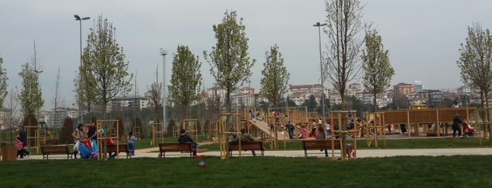 Orhangazi Şehir Parkı is one of Marmara.