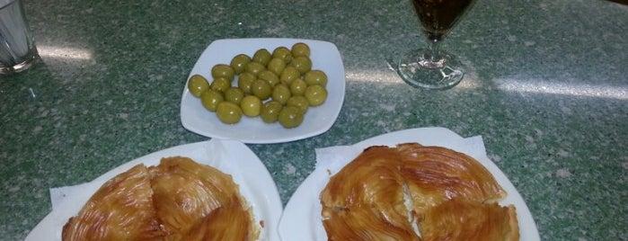 Confiteria Espinosa is one of The FoodHunter DimasEnrik AC.