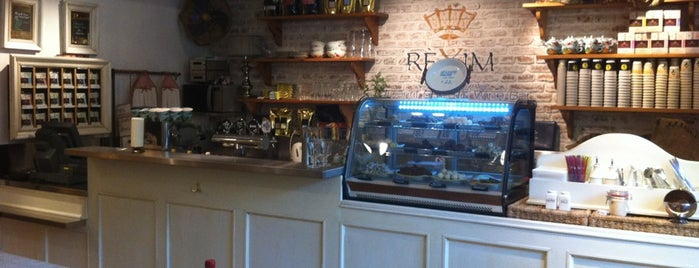 Réxim Apéritif Bistro & Wine Bar is one of Posti che sono piaciuti a Stanzana.
