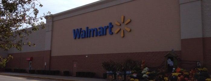 Walmart Supercenter is one of Tempat yang Disukai Brittany.