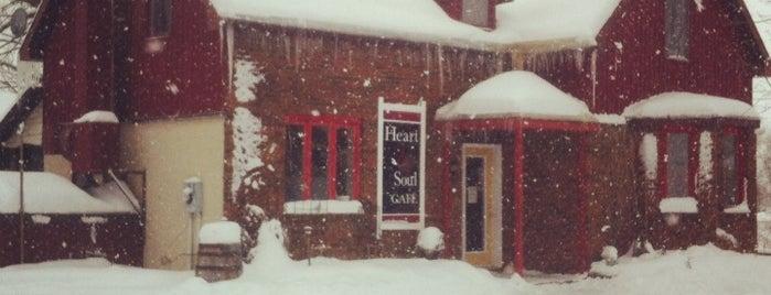 Heart & Soul Cafe is one of Orte, die Hina gefallen.