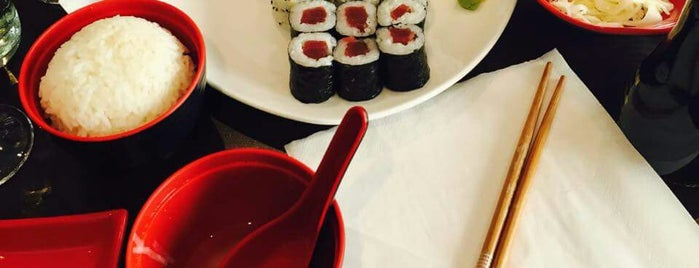 C'Roll Sushi is one of Lugares favoritos de Kevin.
