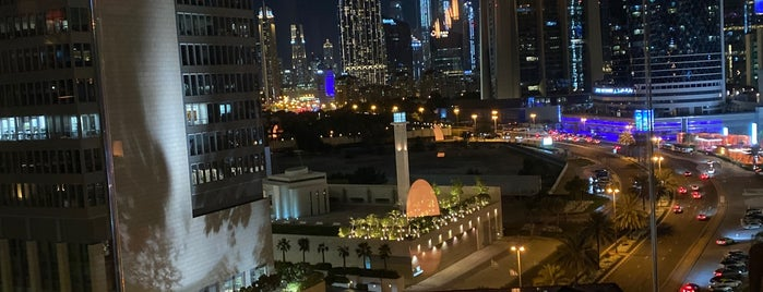 Luna Sky Bar is one of Dubai Cafe's & restaurants.