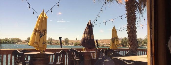 Black Pearl Restaurant At Pirate's Den is one of Lieux qui ont plu à Chris.