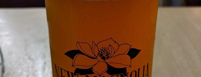 New Magnolia Brewing Co. is one of Andrew : понравившиеся места.