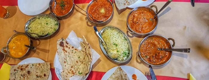 Nivara Indian Cuisine is one of Lugares favoritos de Martin.
