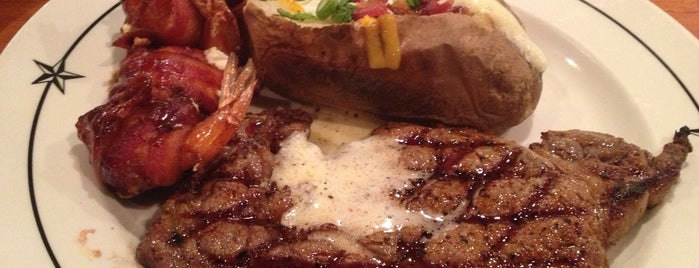 Saltgrass Steak House is one of Rickさんのお気に入りスポット.