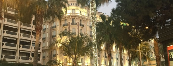 InterContinental Carlton Cannes is one of Mujdatさんのお気に入りスポット.