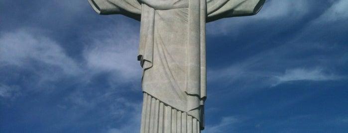 Corcovado is one of Rio de Janeiro.