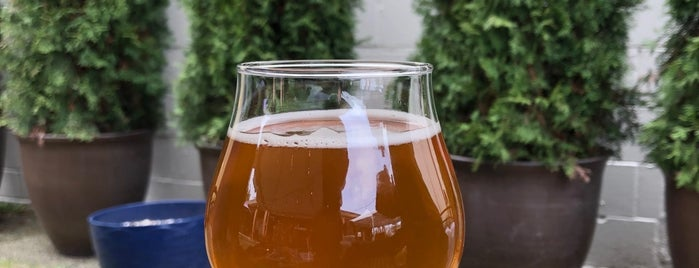 Airways Brewery & Tap Room is one of Puget Sound Breweries South.