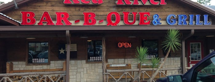 Red River Bar B Que & Grill is one of Lieux qui ont plu à Brandon.