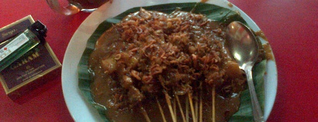 Sate Padang Ajo Ramon is one of Food 1.