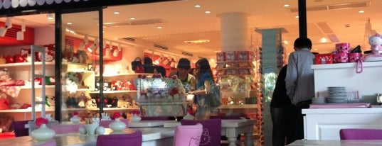 Hello Kitty World is one of Yazin istanbul :).