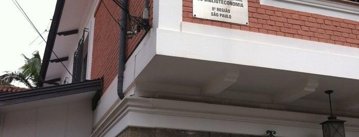 Conselho Regional De Biblioteconomia - 8. Região is one of Profissão.