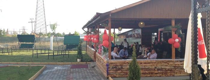 Escape 22 Cafe & Bar is one of Mehmet'in Beğendiği Mekanlar.
