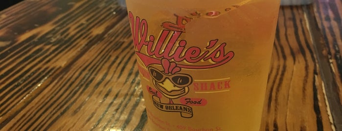 Willie's Chicken Shack is one of Posti salvati di Dee.