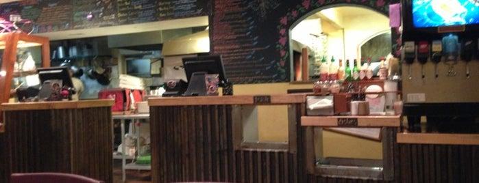 HomeSlice Pizza is one of Lugares guardados de Kyle.