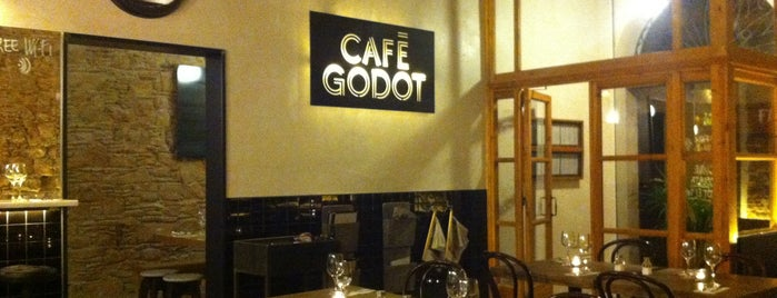 Cafè Godot is one of restaurants bcn.