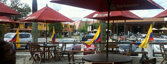 El Chuzo Gourmet is one of Locais curtidos por Diego Alberto.
