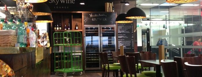 Sky Wine Lounge is one of Tempat yang Disimpan Vlad.
