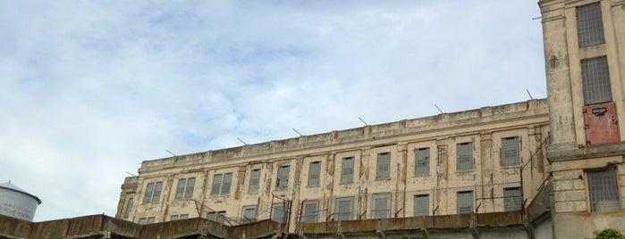 Alcatraz Recreation Yard is one of Tempat yang Disimpan Benjamin.