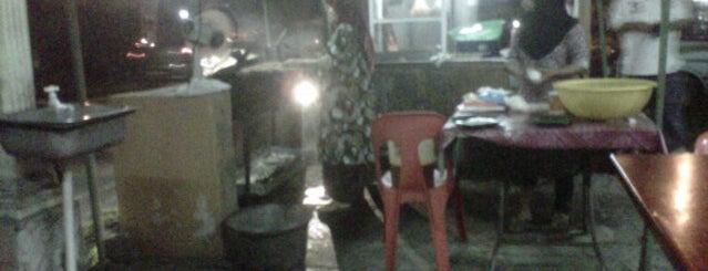 Satay Wak is one of Nasrul : понравившиеся места.