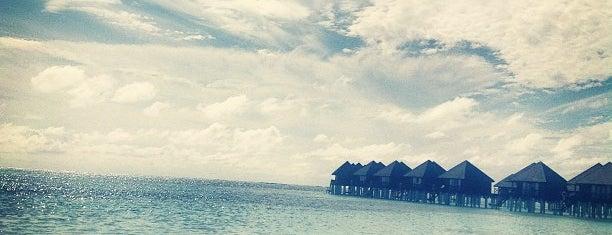 Olhuveli Beach is one of Posti che sono piaciuti a Cagla.
