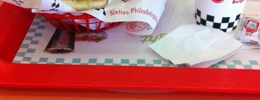 Sixties Burger is one of Orte, die Omar gefallen.