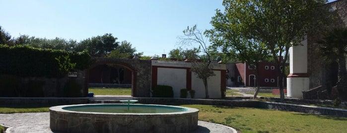 Hacienda Santiago Texmelucan is one of Posti salvati di Patricia.