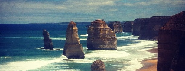 The Twelve Apostles is one of Australia - Must do.