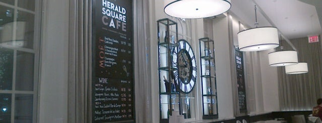Herald Square Café is one of Locais curtidos por Marcello Pereira.