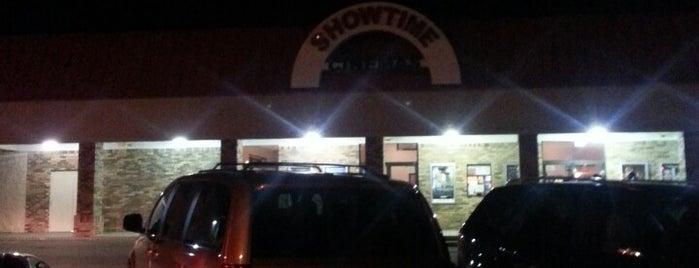 Republic Show Time Cinemas 5 is one of Posti che sono piaciuti a Latonia.