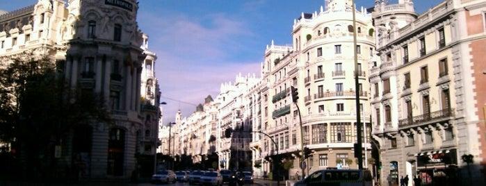 マドリード is one of Lugares favoritos en España.