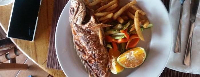 El Avion Restaurant is one of Lugares favoritos de Rebeca.