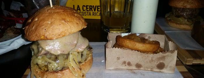 Porky's Burger Bar is one of Lugares favoritos de Rebeca.