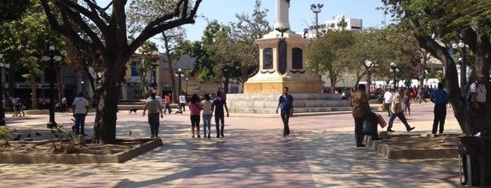 Plaza Bolívar is one of Posti che sono piaciuti a Maria Gabriela.